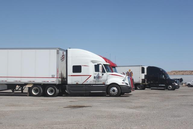 STREET VIEW : les trucks US sous toutes leurs coutures - Page 4 Img_6710