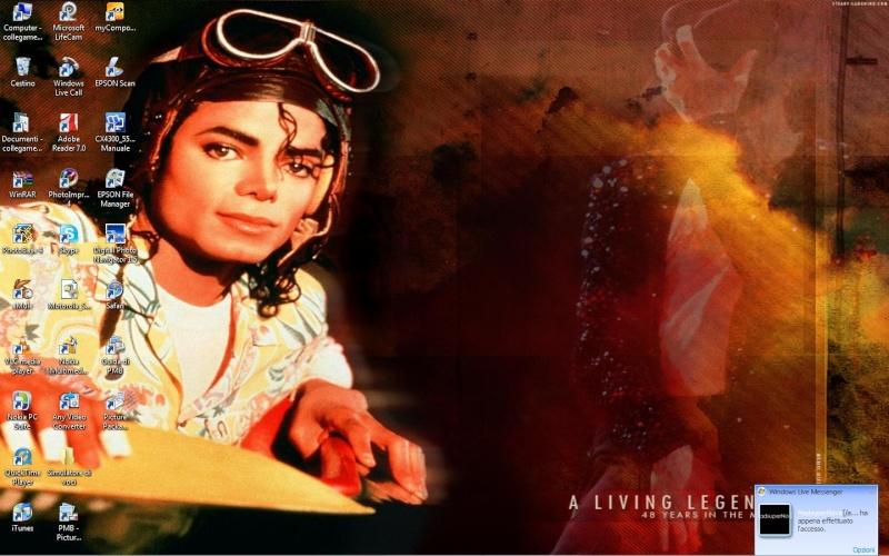 Quale foto di Michael usate per il desktop? My_dec10