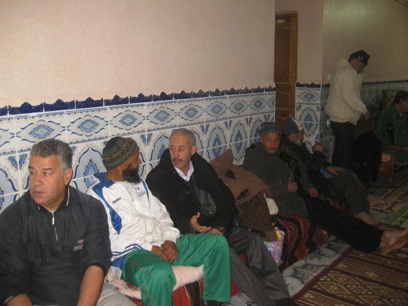 une visite des anciens de ASDellys a Madjouri ancien joueur de ASDellys Img_1313