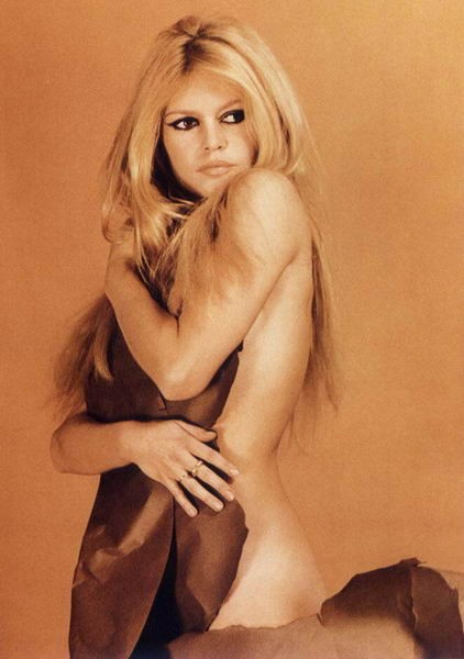 Bardot VS Deneuve 14039510