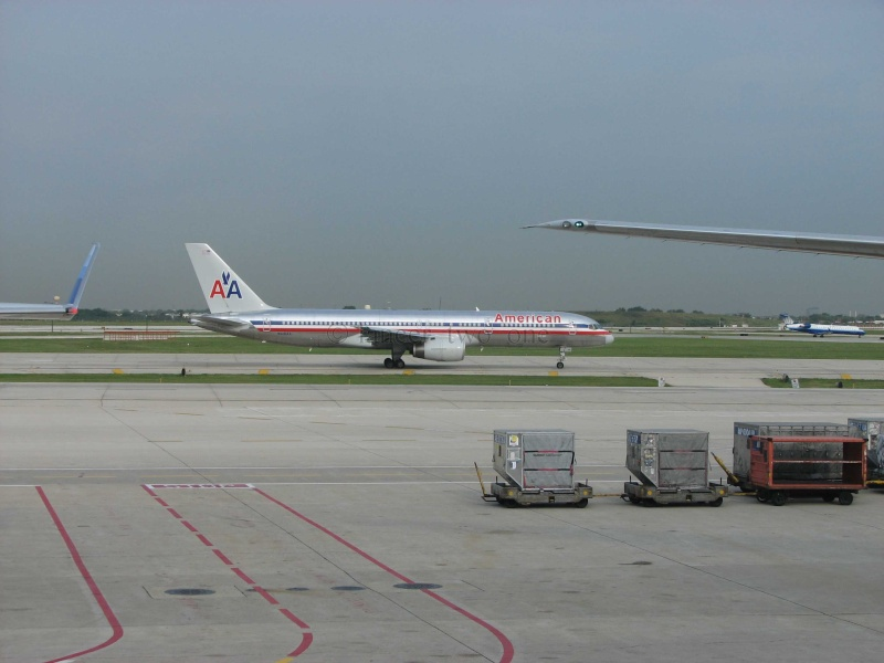 American Airlines (AA / AAL) Img_1517