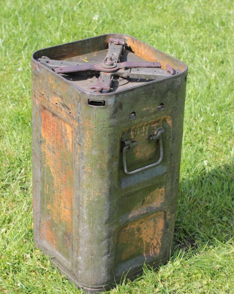 Container (3 tons?) pour du 40mm Bofors 610
