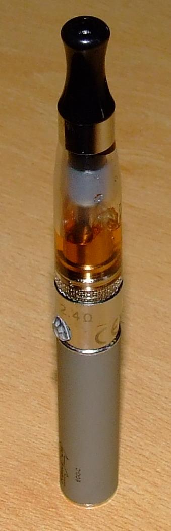 Informations sur la E-cigarette. - Page 4 Dscf1522