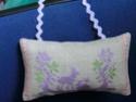 Echange d'automne : un coussinet brodé en soie  **PHOTOS** Cimg1110