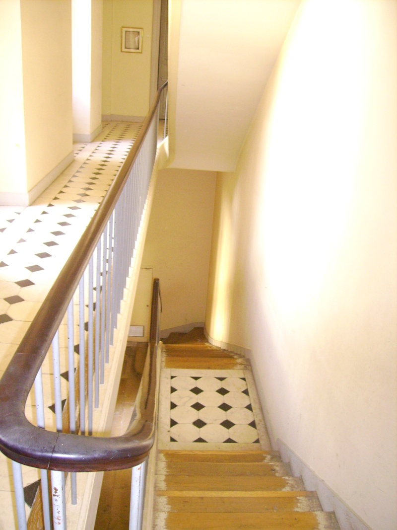 Versailles : petits appartements et visites guidées Pict1120