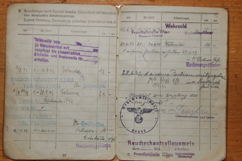 Vos livrets militaires allemands WWII (Soldbuch, Wehrpass..) / Heer-LW-KM-SS... Dsc_0310