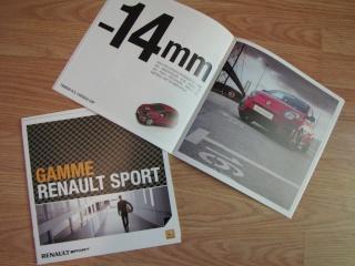Brochures Twingo 1 et 2 au profit de l'association Img_1722