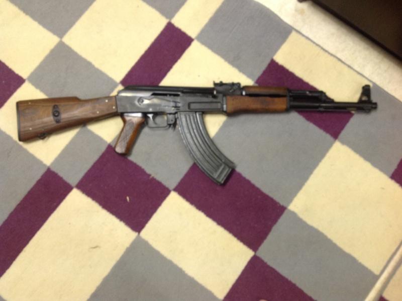 mon nouvel arrivant ( pas en plastique cette fois ! ) un AK-47  Photo311
