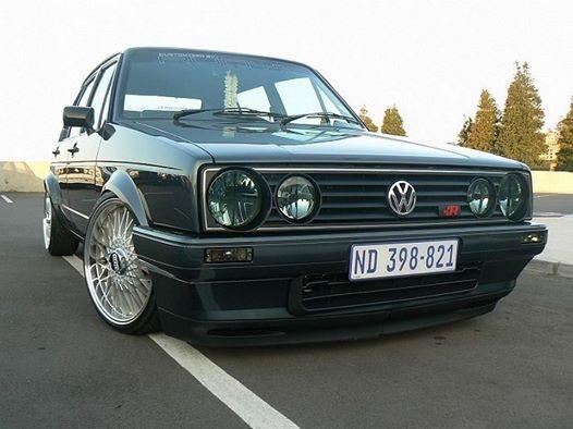 [ VW ] GOLF MK1 - Page 15 Golf2_10