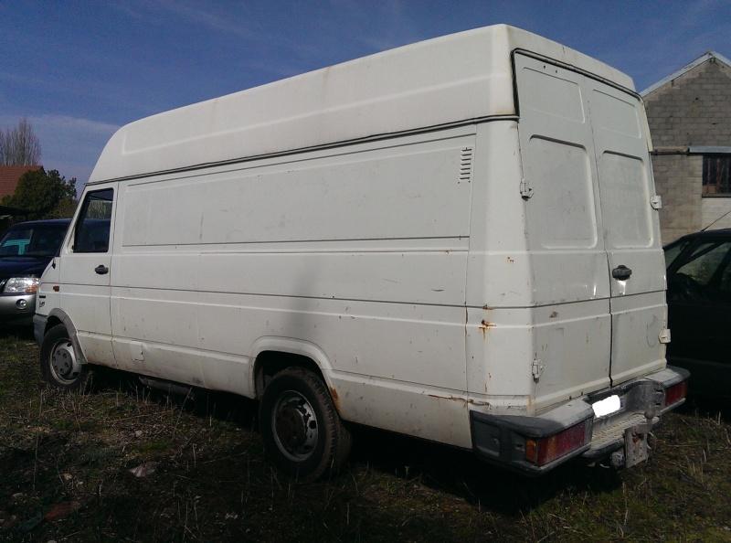FOURGON IVECO H2 L2 Tôlé 3T500 2,5 Diesel Imag0525