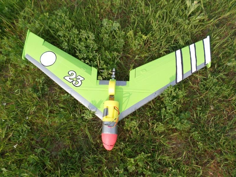 construction ailes volantes en depron - Page 3 Sam_0724