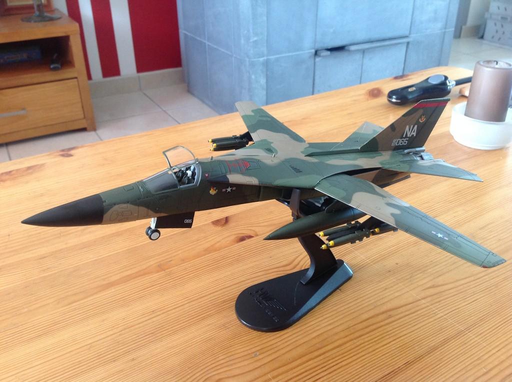 ma collection d'avions ... attention grosses photos, désolé dany ;) F111_210