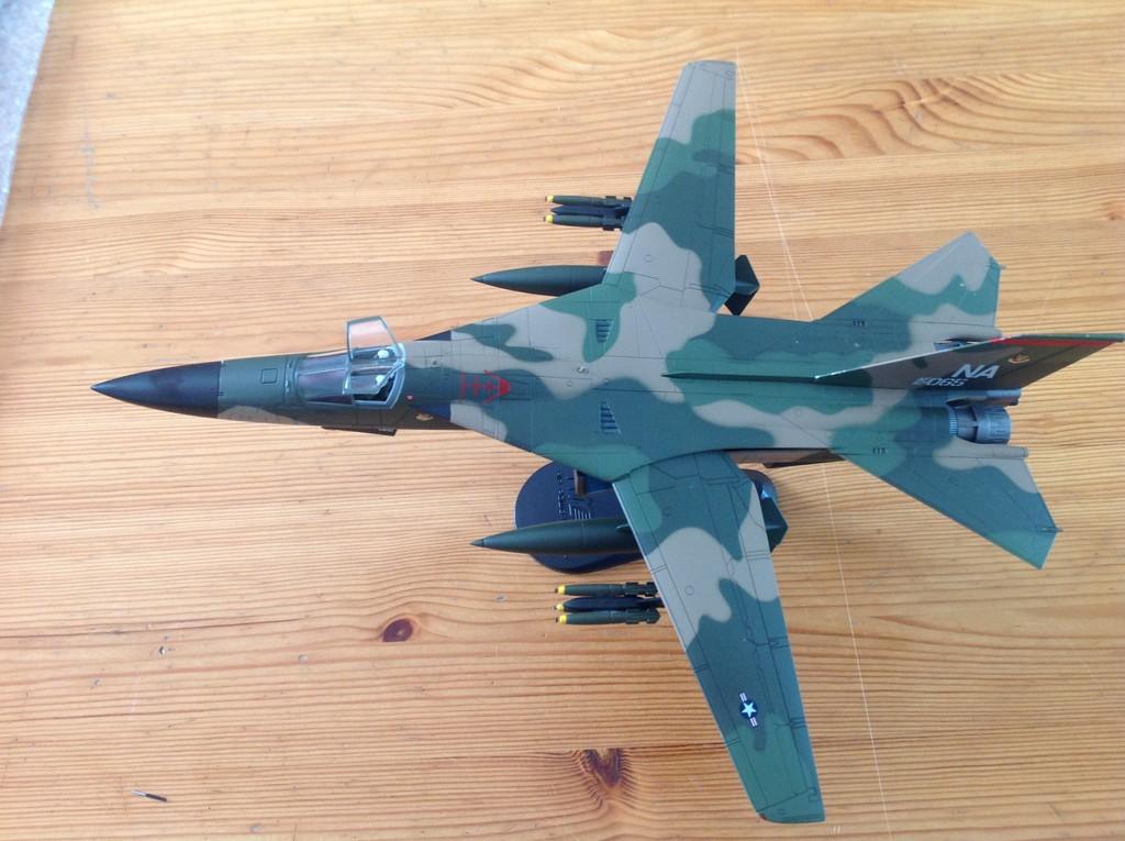 ma collection d'avions ... attention grosses photos, désolé dany ;) F111_310