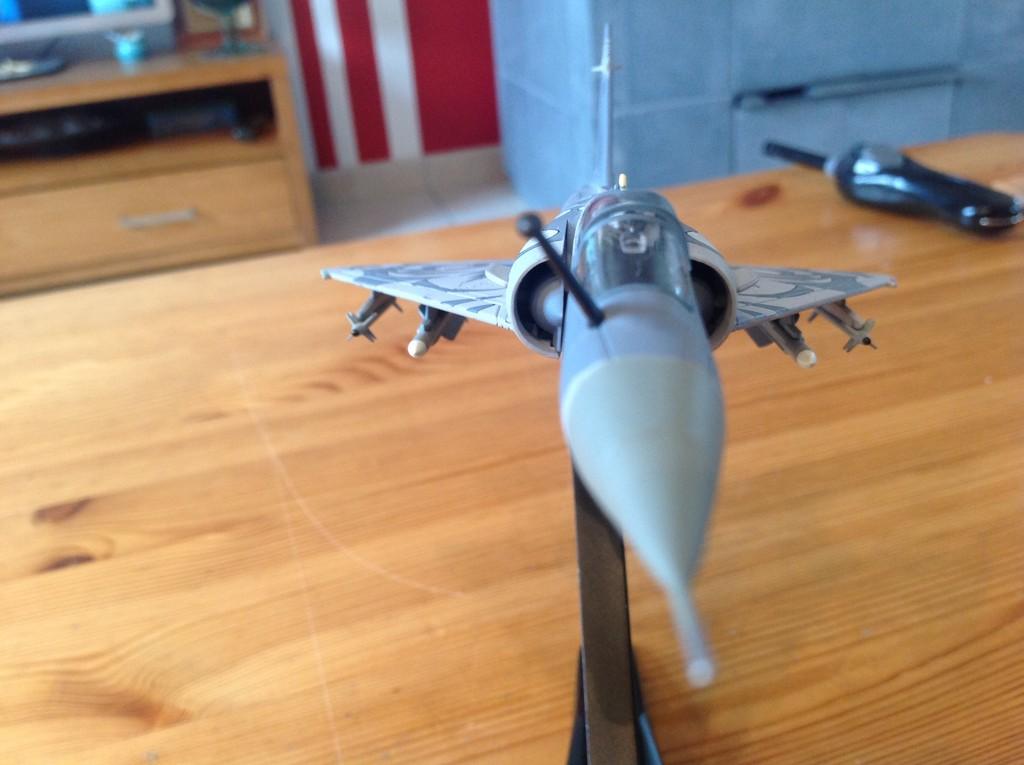 ma collection d'avions ... attention grosses photos, désolé dany ;) Mirage19