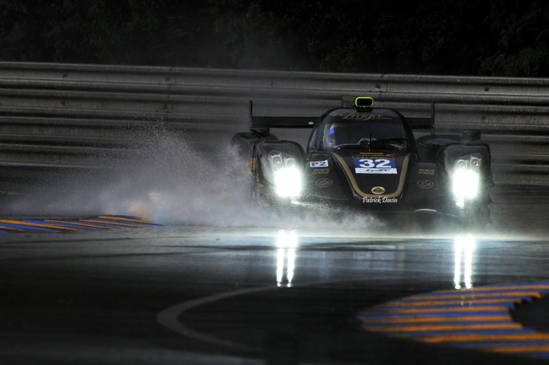 Photos spectaculaires de courses 10486410