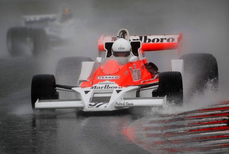 Photos spectaculaires de courses - Page 3 14045310