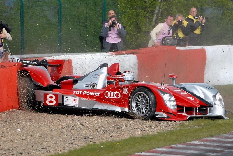Photos spectaculaires de courses - Page 3 14659910