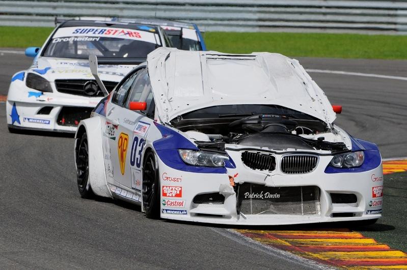 Photos spectaculaires de courses - Page 3 17195310