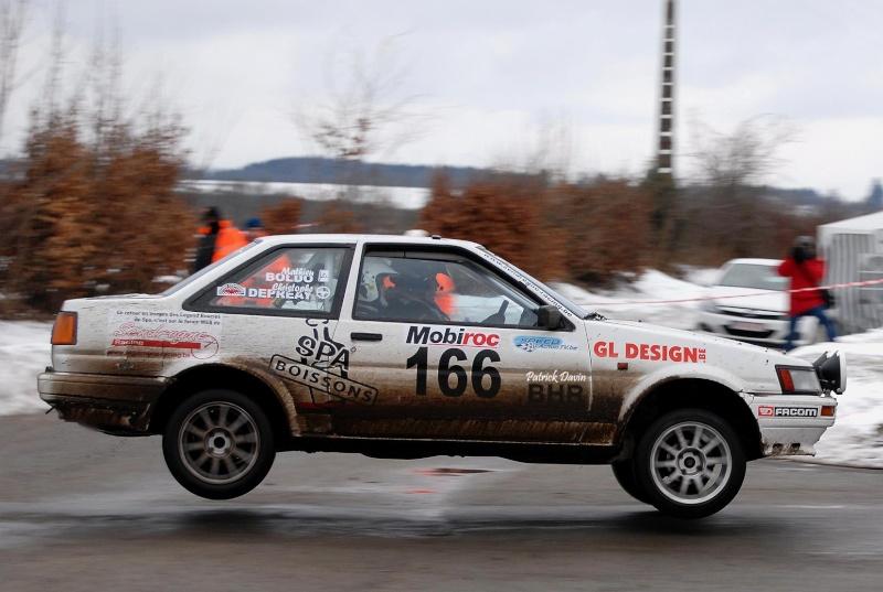 Photos spectaculaires de courses - Page 3 85983510