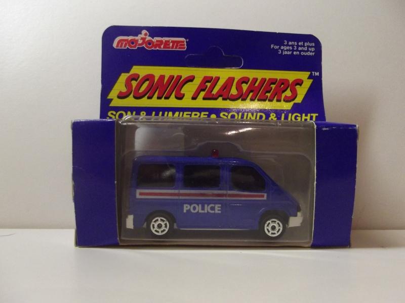 N°2306 Ford Transit Police. Dscf5119
