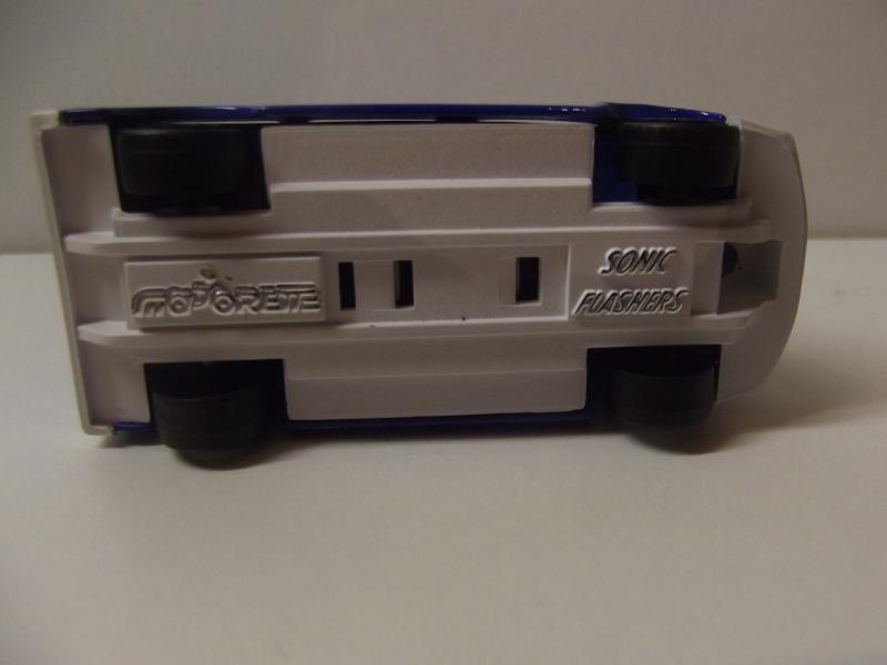 N°2306 Ford Transit Police. Dscf5122