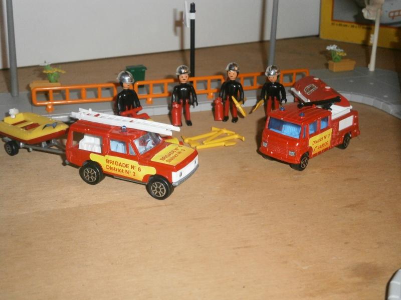 N°751 la caserne de pompier.  P9120023
