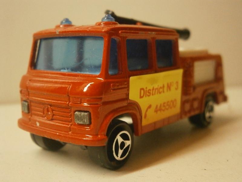 N°751 la caserne de pompier.  P9130014