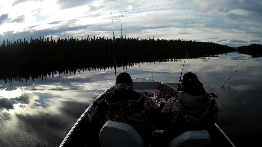 Bon trip de pêche  cette année au lac chibougamau !  Vlcsna12