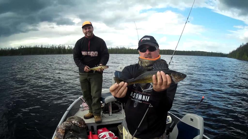 Bon trip de pêche  cette année au lac chibougamau !  Vlcsna15