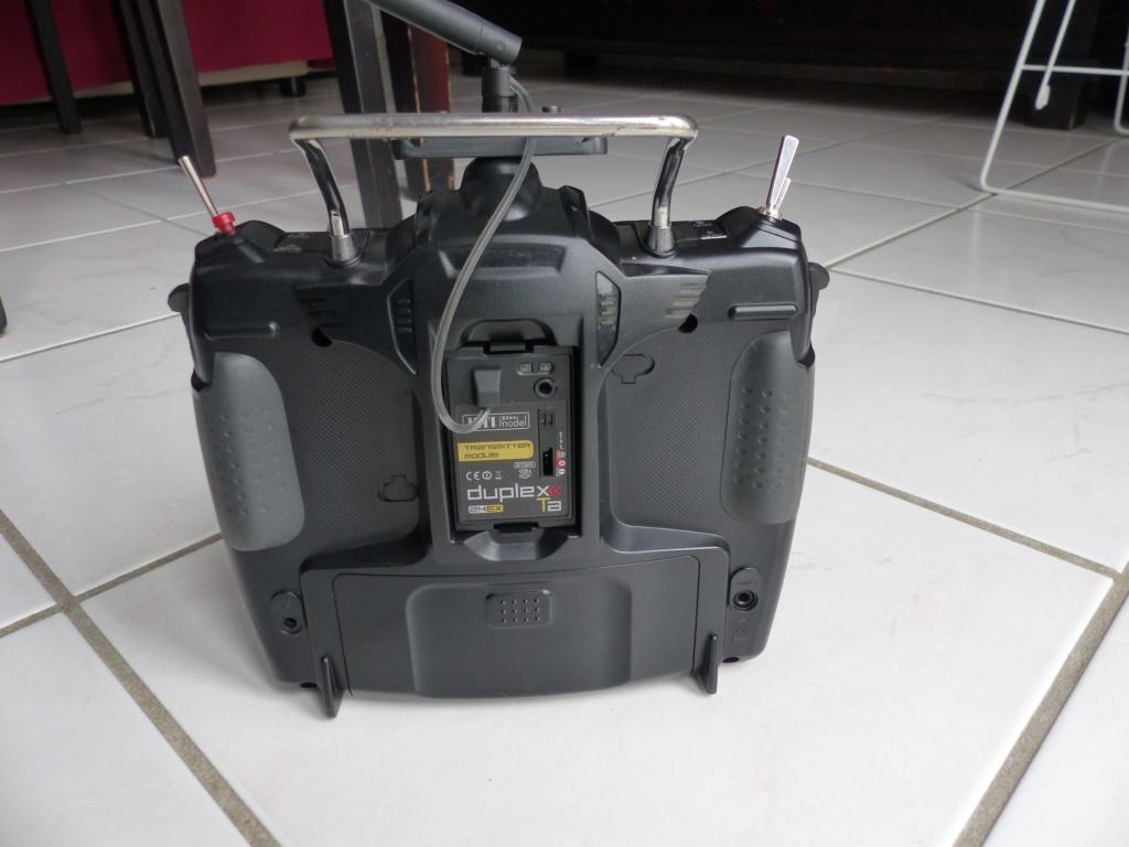 Vends 2 émetteurs équipés  en 2.4G JETI P1000110
