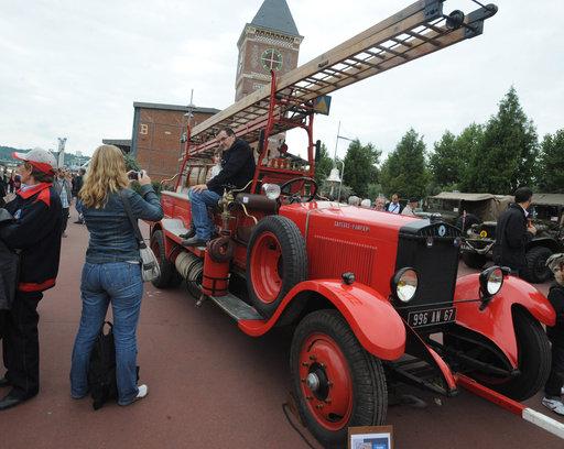 Le Grand décalage du Musée des Sapeurs-Pompiers de Montville... Pomp0110