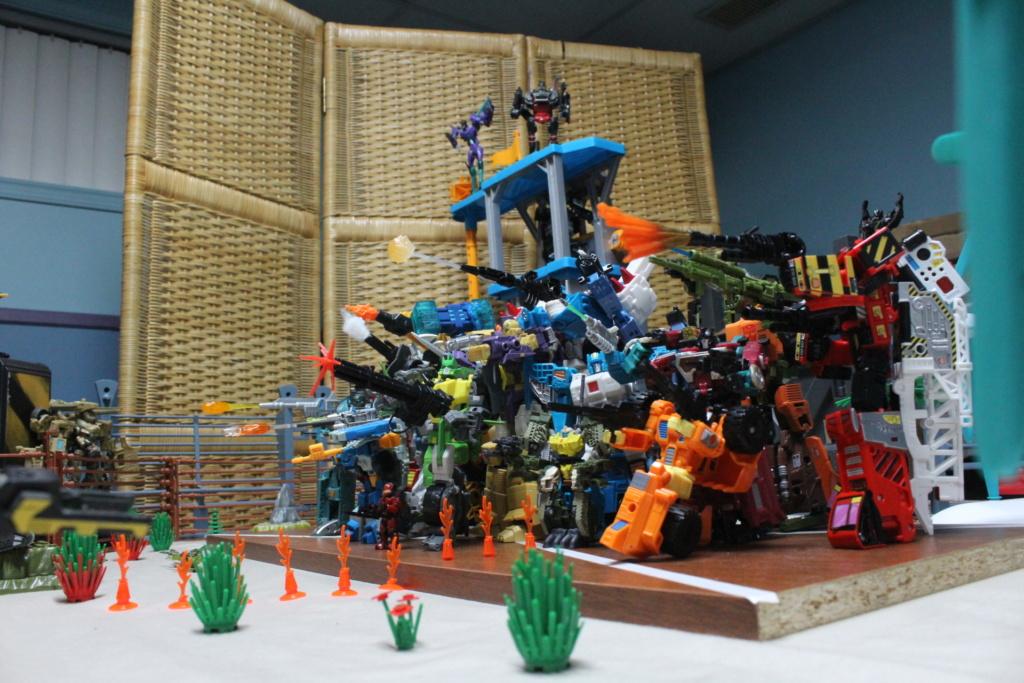 Guerres Transformers! Montrez-moi vos batailles et guerres épiques en photo ici. - Page 8 110