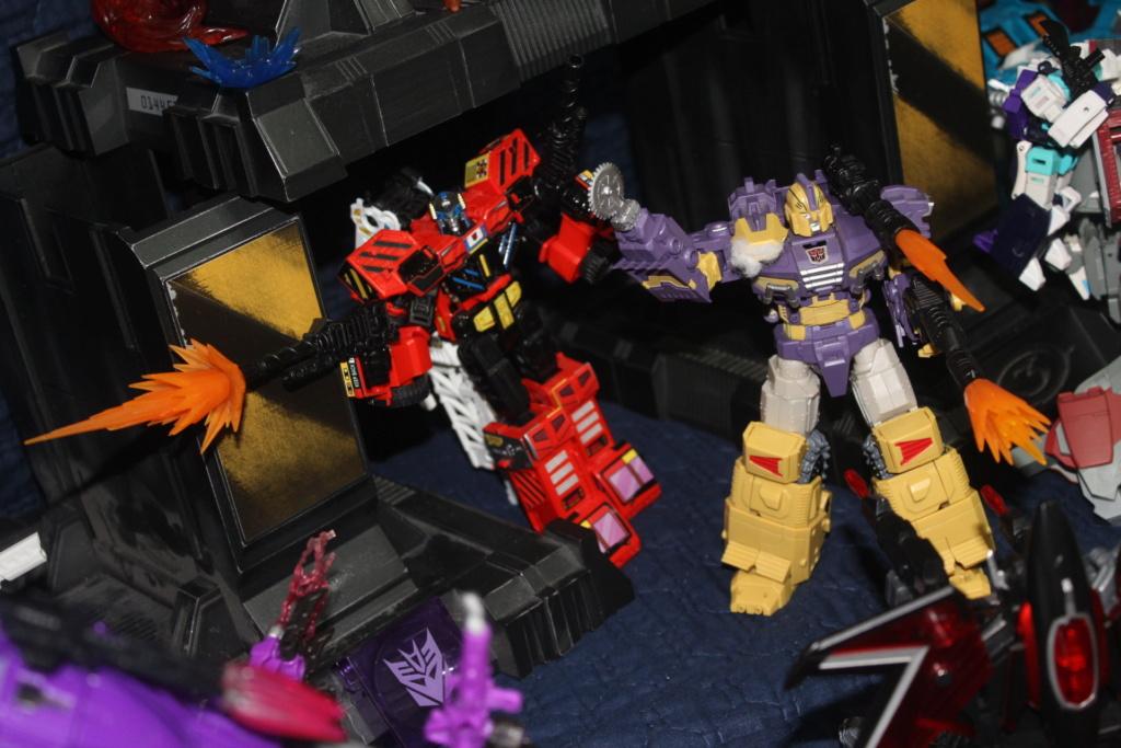Vos montages photos Transformers ― Vos Batailles/Guerres | Humoristiques | Vos modes Stealth Force | etc - Page 16 112