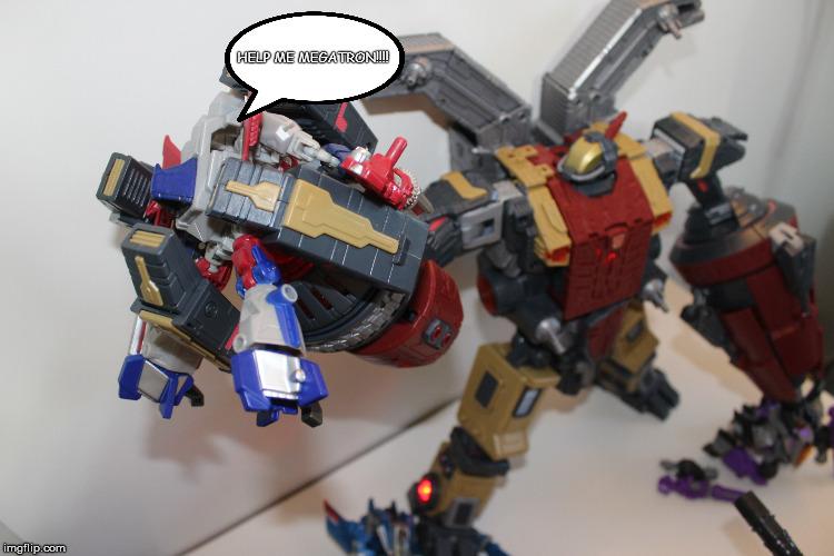 Vos montages photos Transformers ― Vos Batailles/Guerres | Humoristiques | Vos modes Stealth Force | etc - Page 14 2w6qje10