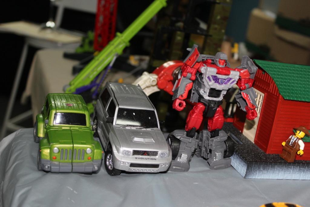 Vos montages photos Transformers ― Vos Batailles/Guerres | Humoristiques | Vos modes Stealth Force | etc - Page 15 4110