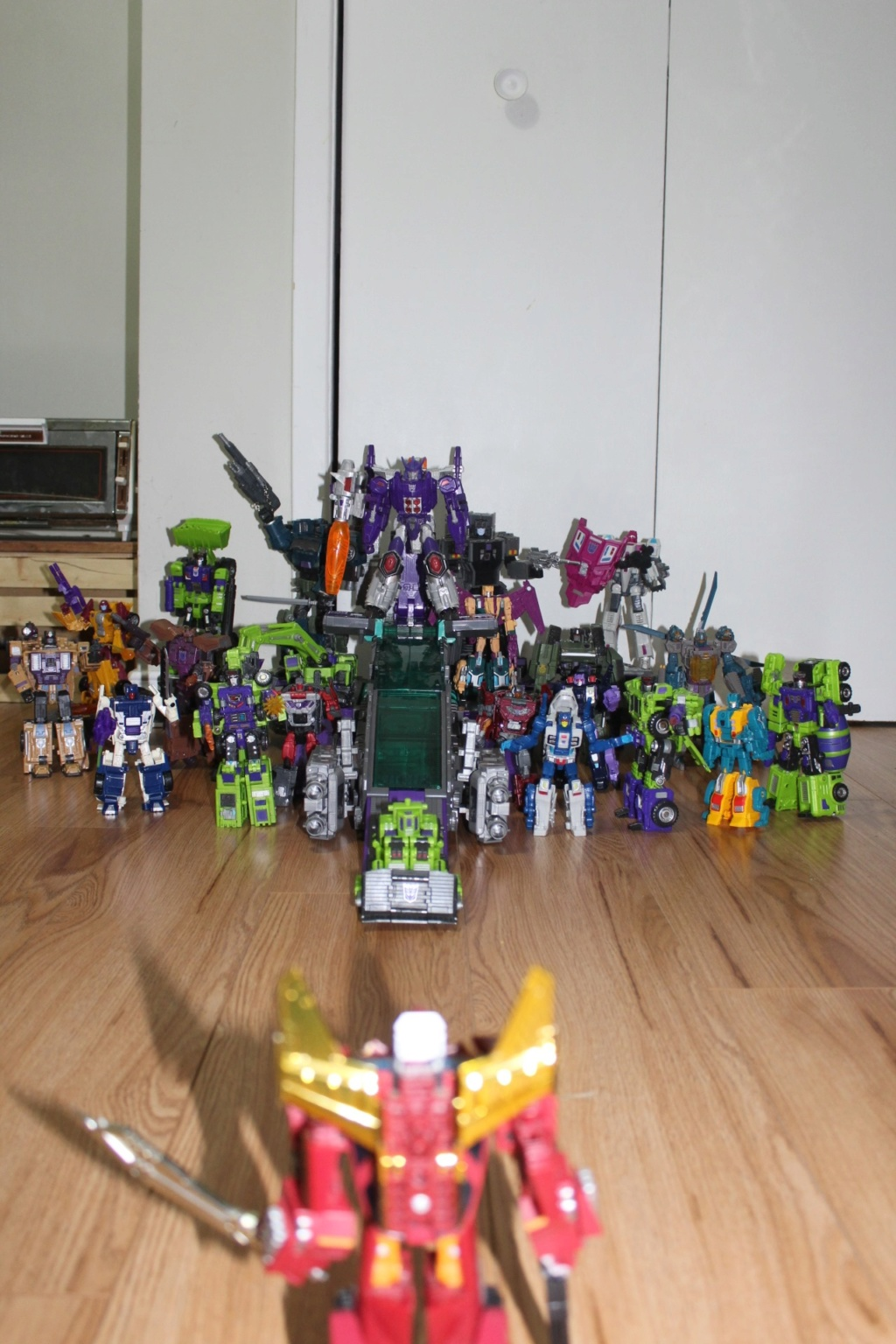 Guerres Transformers! Montrez-moi vos batailles et guerres épiques en photo ici. - Page 8 62077910