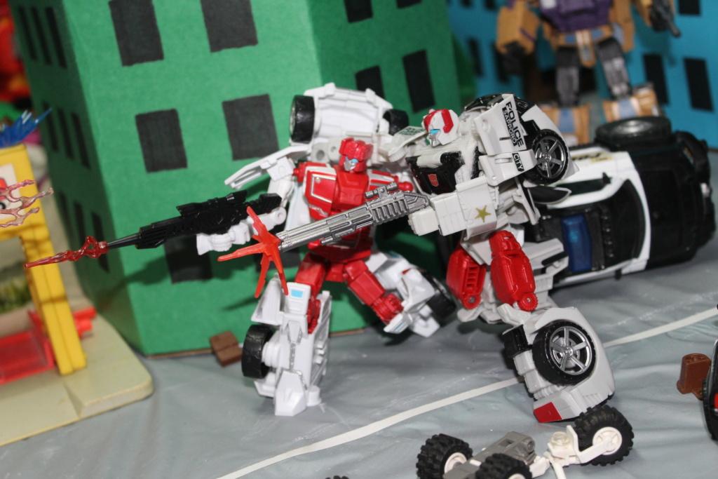 Vos montages photos Transformers ― Vos Batailles/Guerres | Humoristiques | Vos modes Stealth Force | etc - Page 15 6811