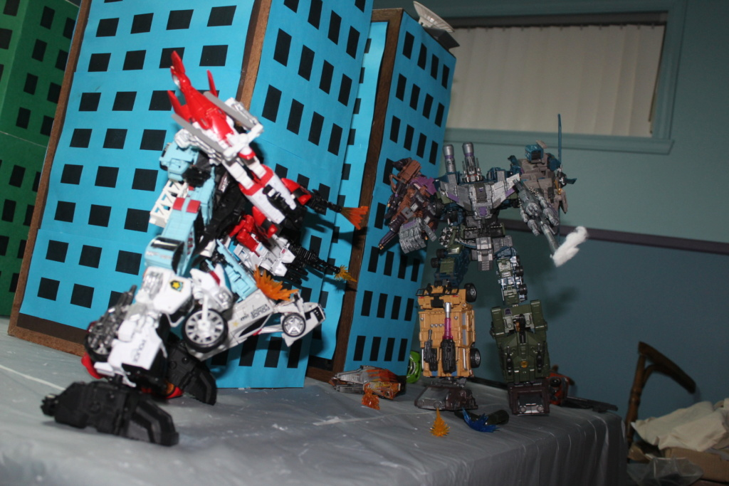 Vos montages photos Transformers ― Vos Batailles/Guerres | Humoristiques | Vos modes Stealth Force | etc - Page 15 Img_1116