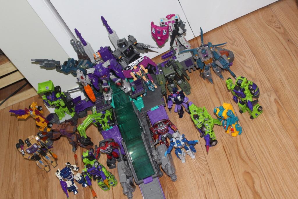 Guerres Transformers! Montrez-moi vos batailles et guerres épiques en photo ici. - Page 8 Img_2711