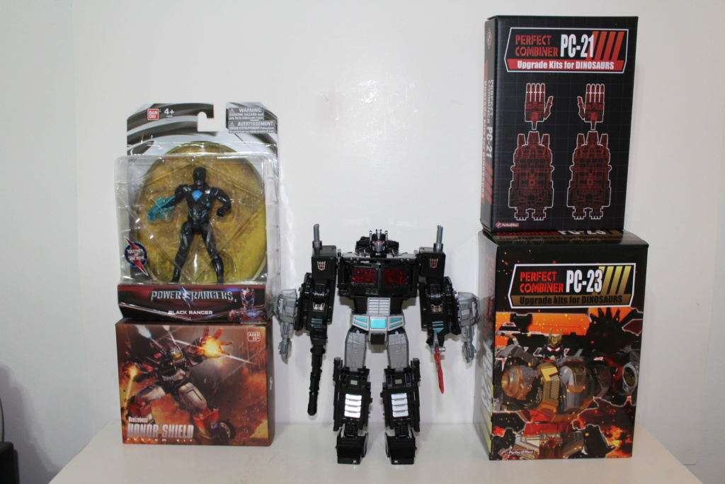 La Collection de Jetfire - Page 7 Img_3110