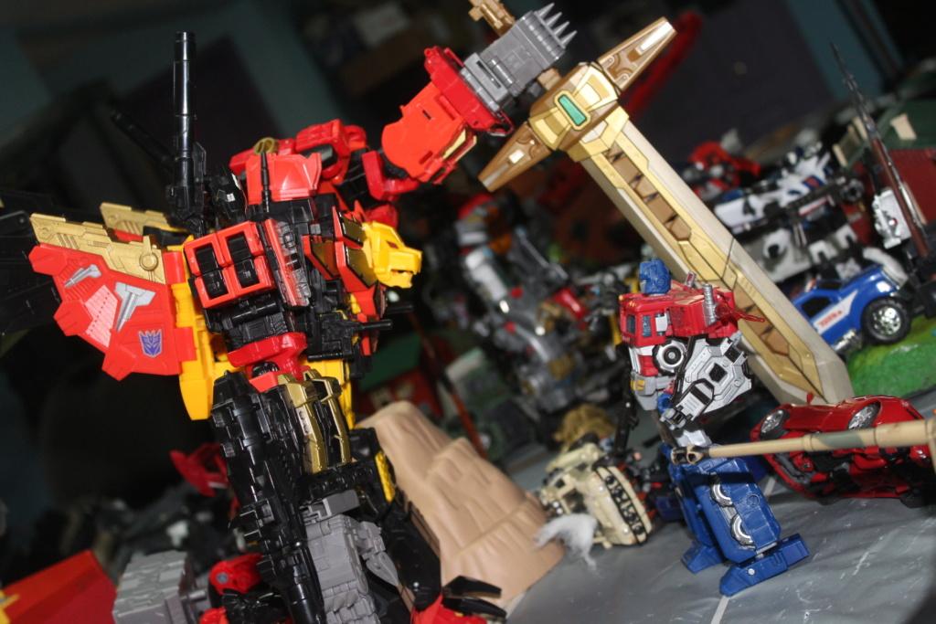 Vos montages photos Transformers ― Vos Batailles/Guerres   Humoristiques   Vos modes Stealth Force   etc - Page 15 Img_3910
