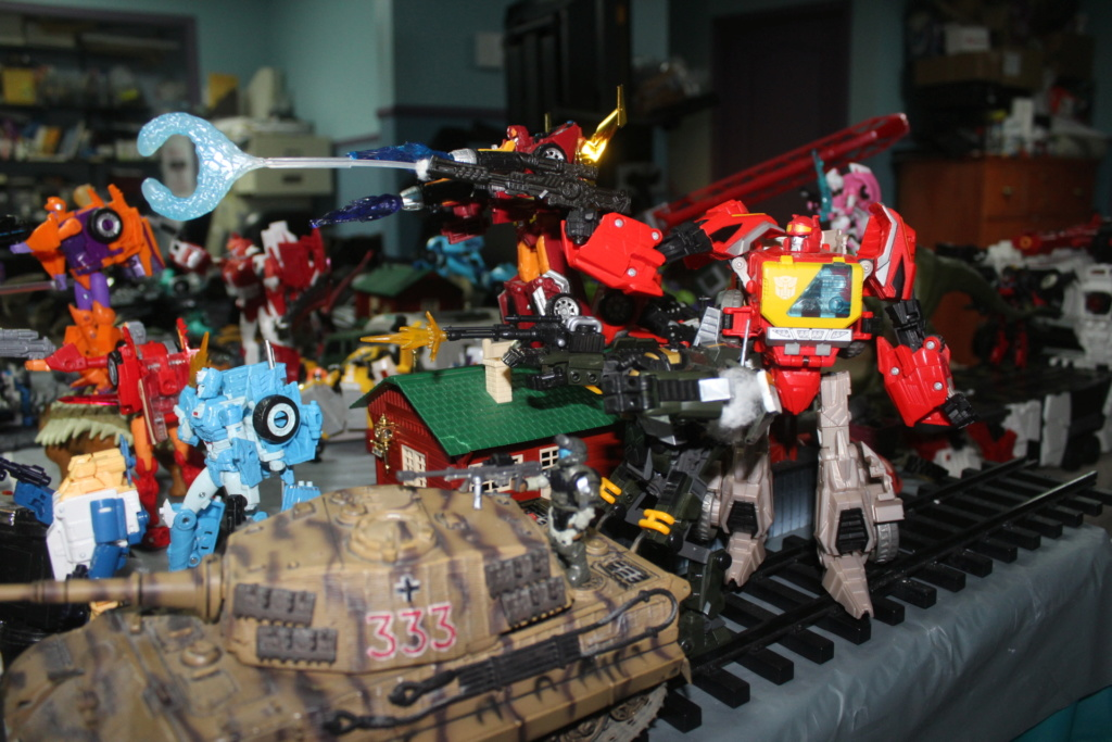 Vos montages photos Transformers ― Vos Batailles/Guerres | Humoristiques | Vos modes Stealth Force | etc - Page 15 Img_5025