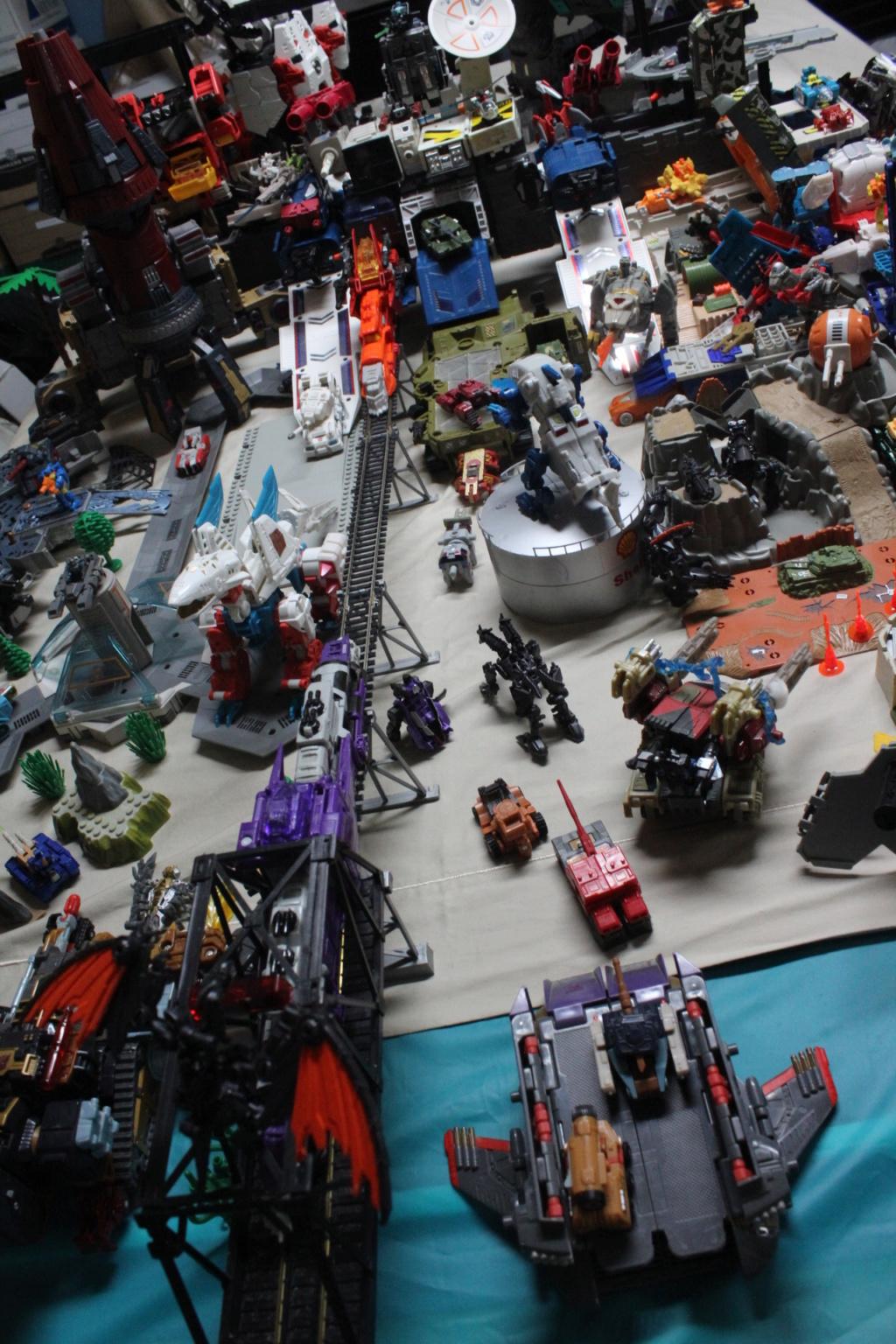 Guerres Transformers! Montrez-moi vos batailles et guerres épiques en photo ici. - Page 8 Img_5910