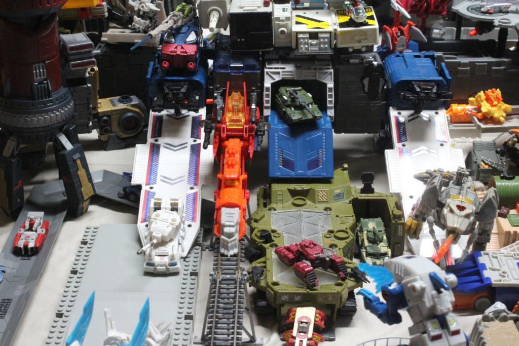 Guerres Transformers! Montrez-moi vos batailles et guerres épiques en photo ici. - Page 8 Img_6011