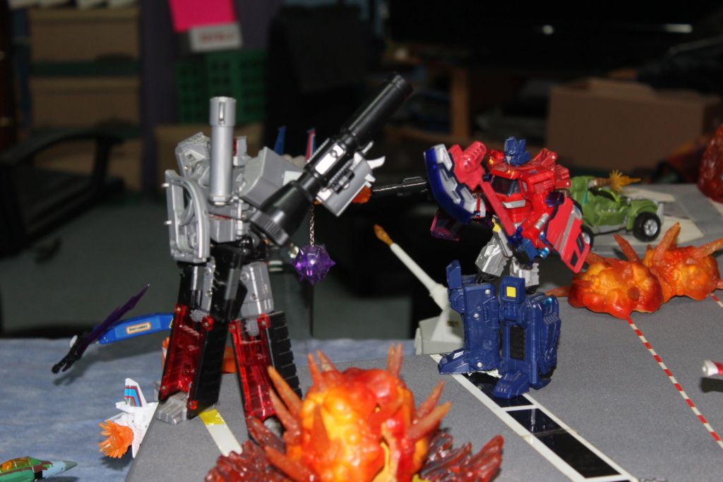 Vos montages photos Transformers ― Vos Batailles/Guerres | Humoristiques | Vos modes Stealth Force | etc - Page 17 Img_7712