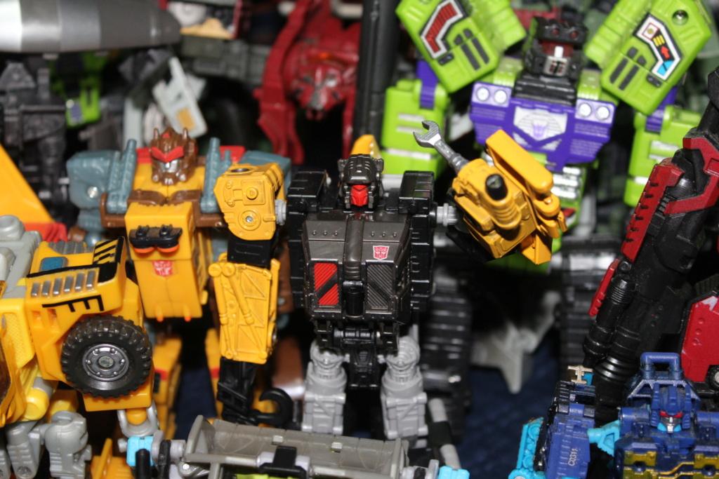 Vos montages photos Transformers ― Vos Batailles/Guerres | Humoristiques | Vos modes Stealth Force | etc - Page 17 Img_7815