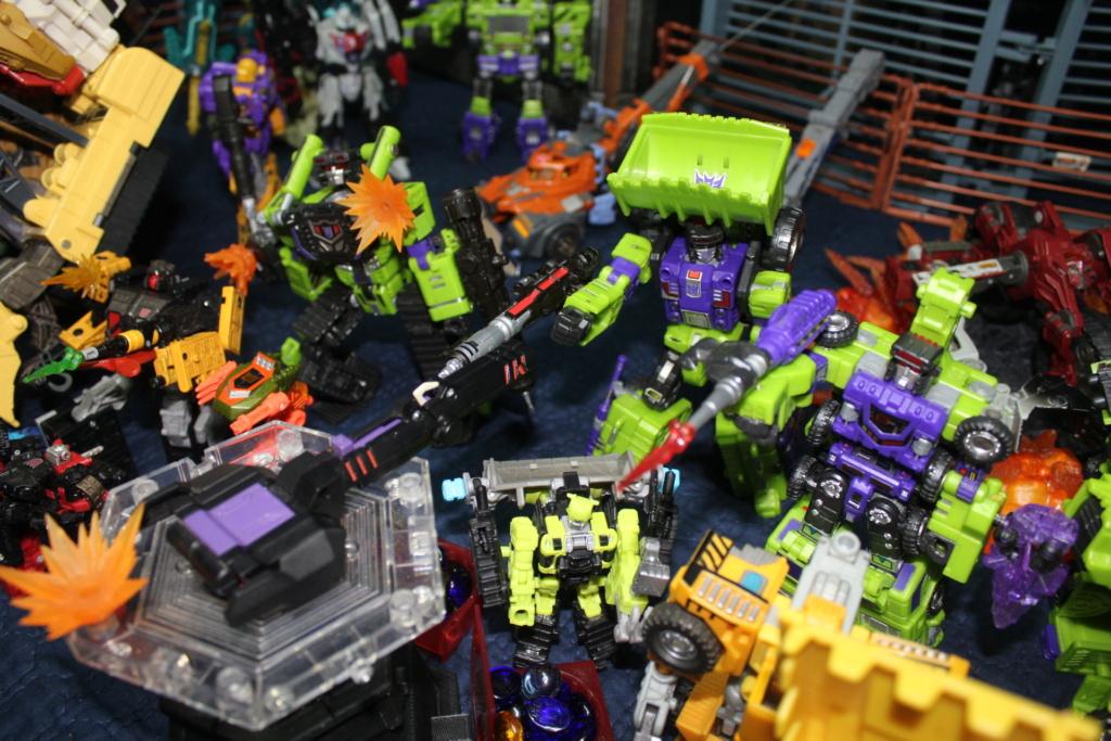 Vos montages photos Transformers ― Vos Batailles/Guerres | Humoristiques | Vos modes Stealth Force | etc - Page 17 Img_7816