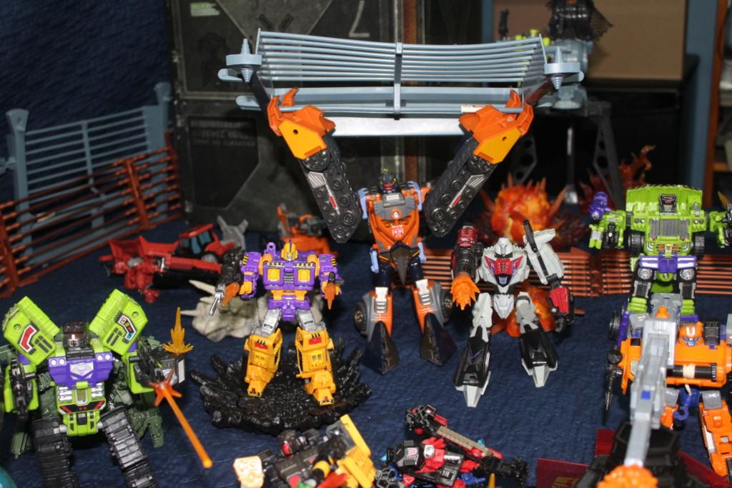 Vos montages photos Transformers ― Vos Batailles/Guerres | Humoristiques | Vos modes Stealth Force | etc - Page 17 Img_8115