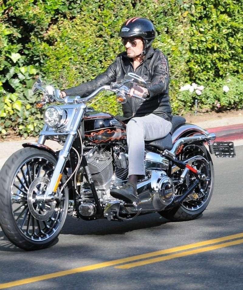 MES MOTOS ET VOITURES D'EXCEPTION Johnn236