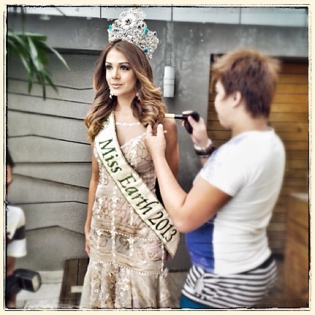 The Official Thread of MISS EARTH® 2013 Alyz Henrich Venezuela  - Page 2 Ac16b310